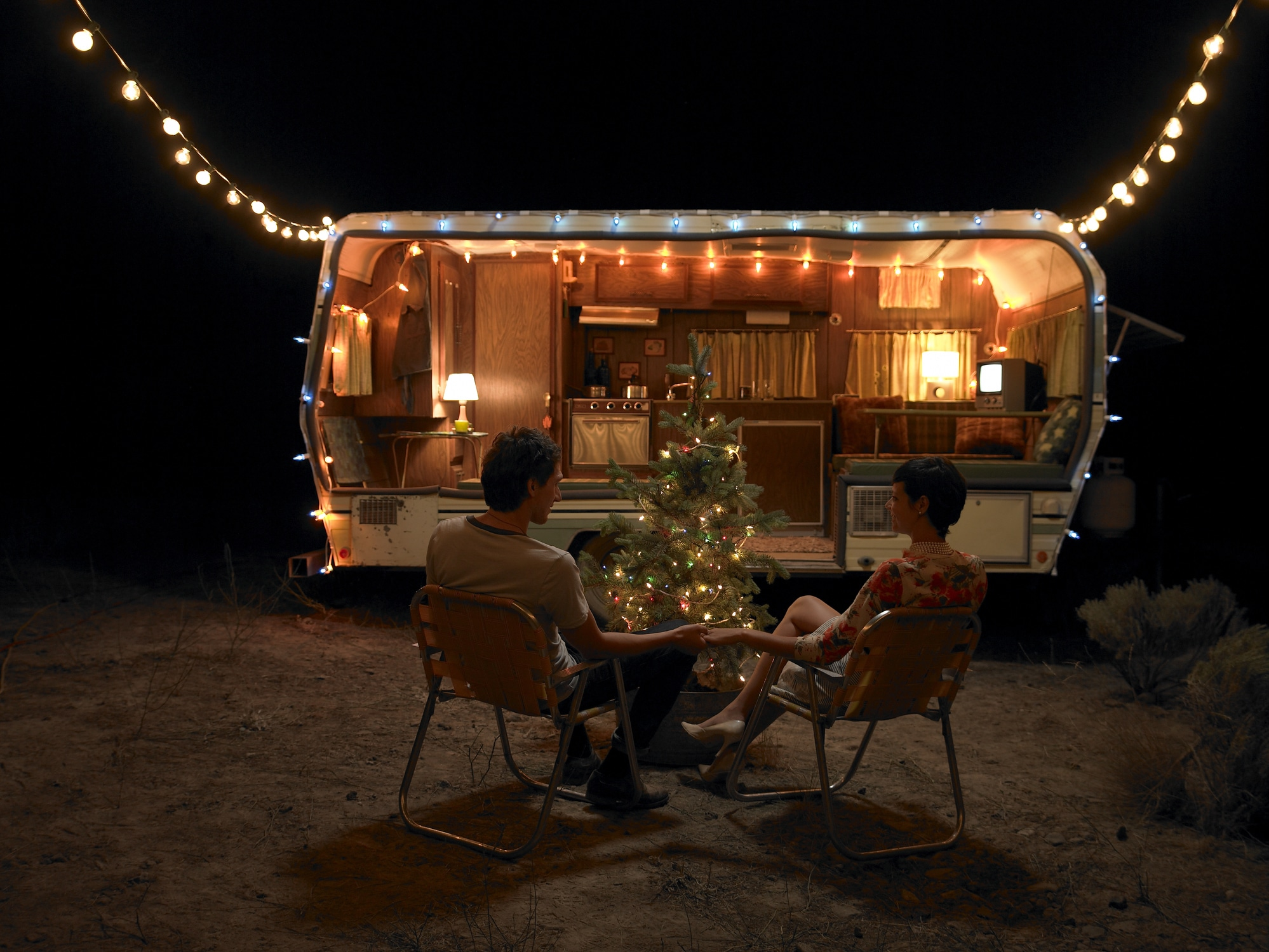 trailer at night with christmas decorations