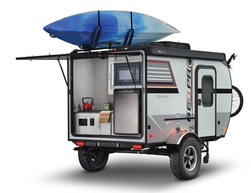 Rockwood Geo Pro G12SRK exterior with kayak on top