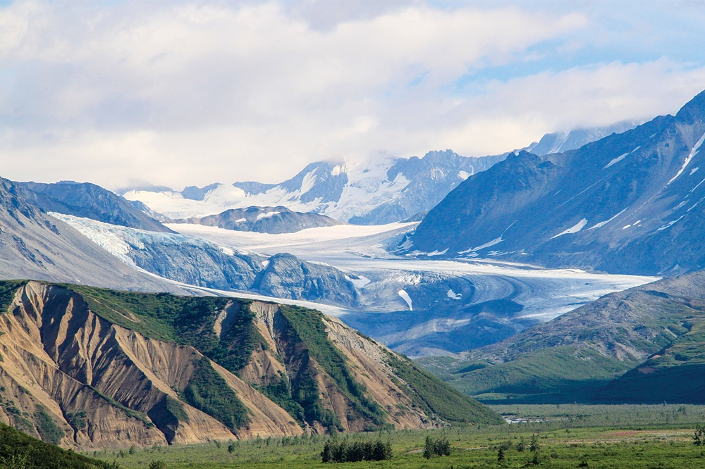 Richardson Highway provides spectacular glacier views.