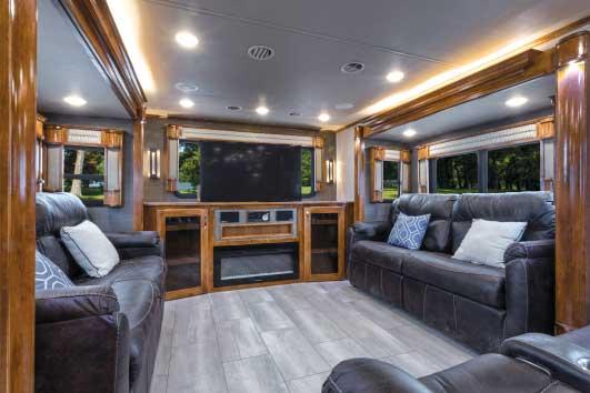 Vanleigh Beacon 42RDB interior living area