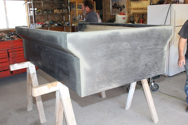 Tub assembly for Dinoot off-road trailer