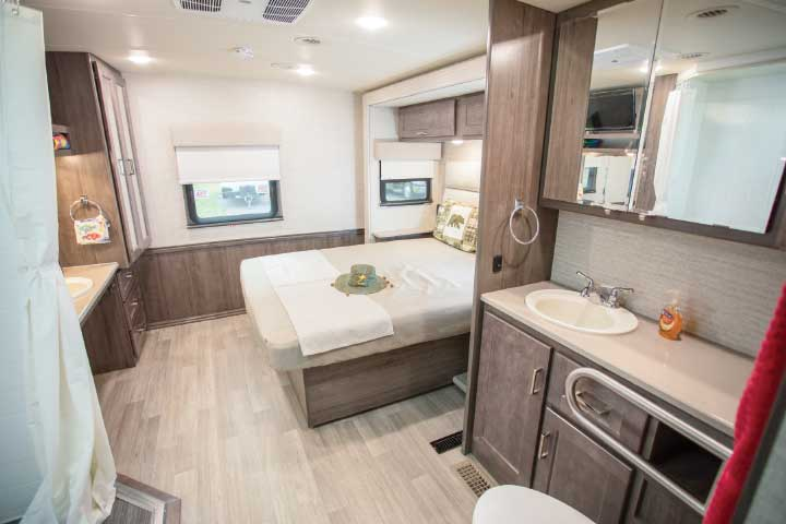 Winnebago Adventurer 30T AE interior bedroom area