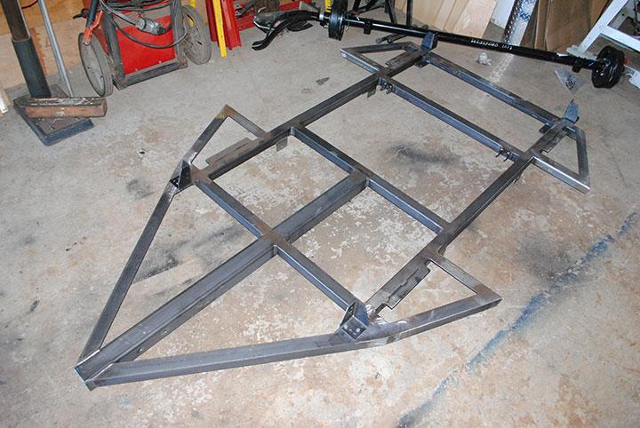 Dinoot factory-welded frame