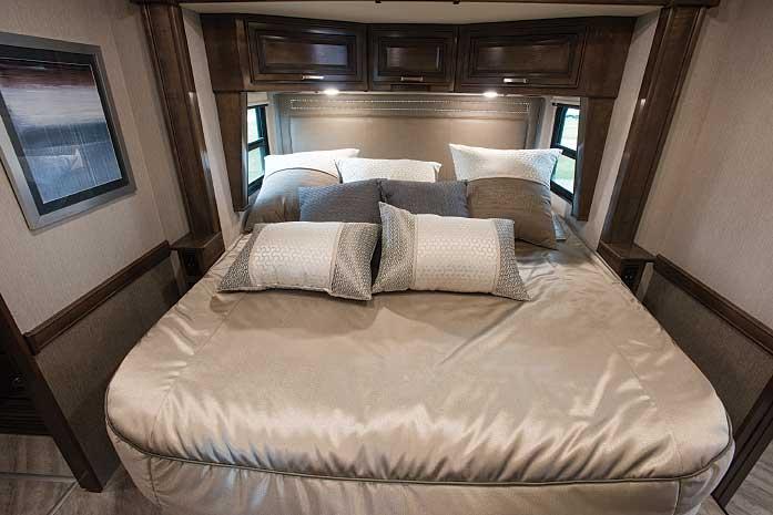 2020 Fleetwood Pace Arrow 35RB bedroom