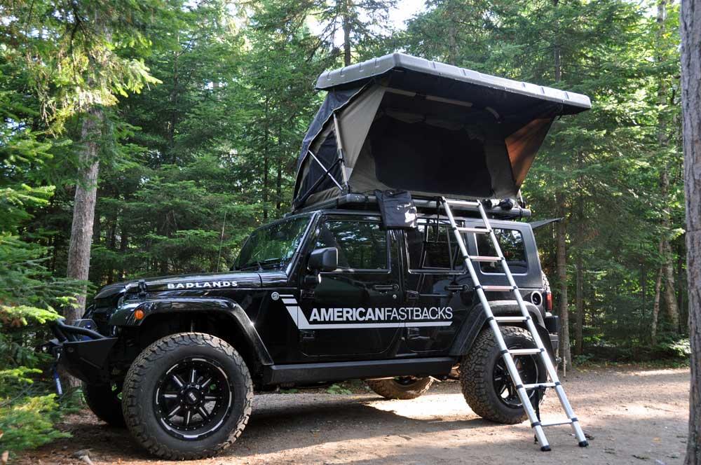 American Fastbacks Badlands camping Jeep