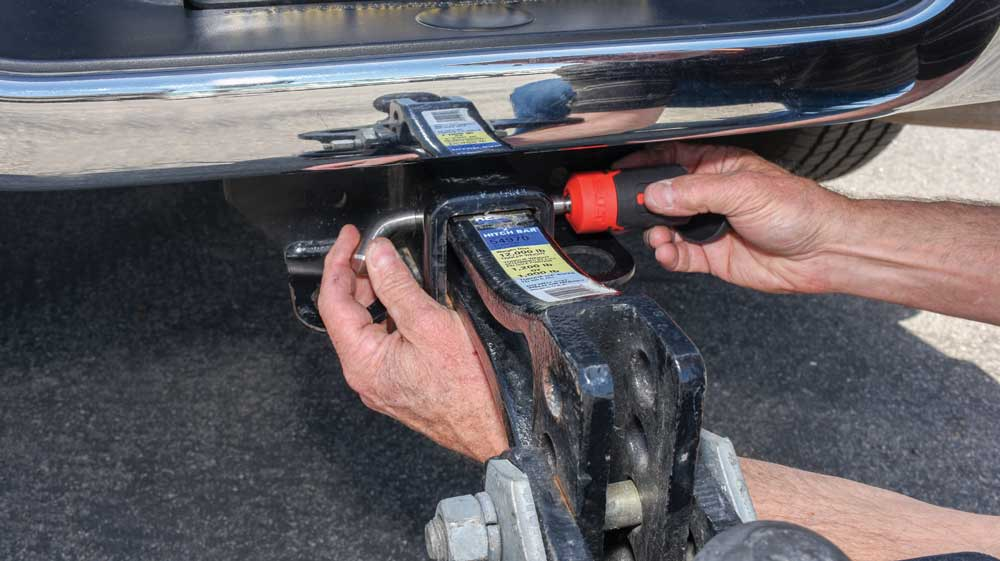 Bolt's 5⁄8-inch Receiver Lock keeps the 2-inch receiver hitch in place and secure. It also prevents the unhitched trailer from being stolen.