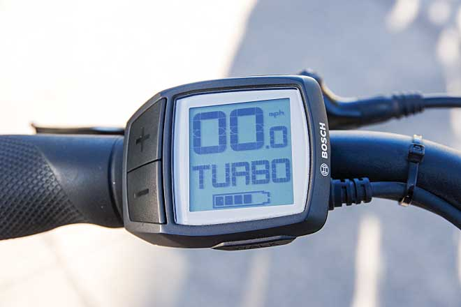 All e-bikes feature a computer that monitors speed, distance, remaining battery life and the battery's state of charge. The controller allows user input to determine the amount of pedal assistance.