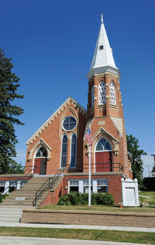 Laura Ingalls and her family lived in Spring Valley, Minnesota, from 1890 to 1891 and attended church with Almanzo Wilder's family at the 1876 First Mithodist Church.
