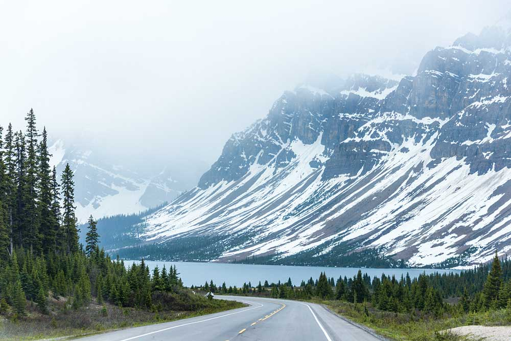 The spectacular Icefields Parkway between Lake Louise and Jasper in the Canadian Rockies