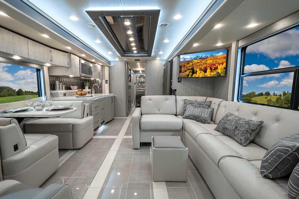 Luxury Motorhomes: Foretravel Realm Presidential LVB interior