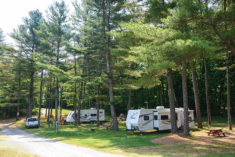 he authors discovered picturesque RV parks along the way, but it is best to make reservations in advance.