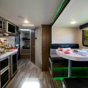 Beyond the flashy green accent lighting, the 27BHK doesn't skimp on creature comforts.
