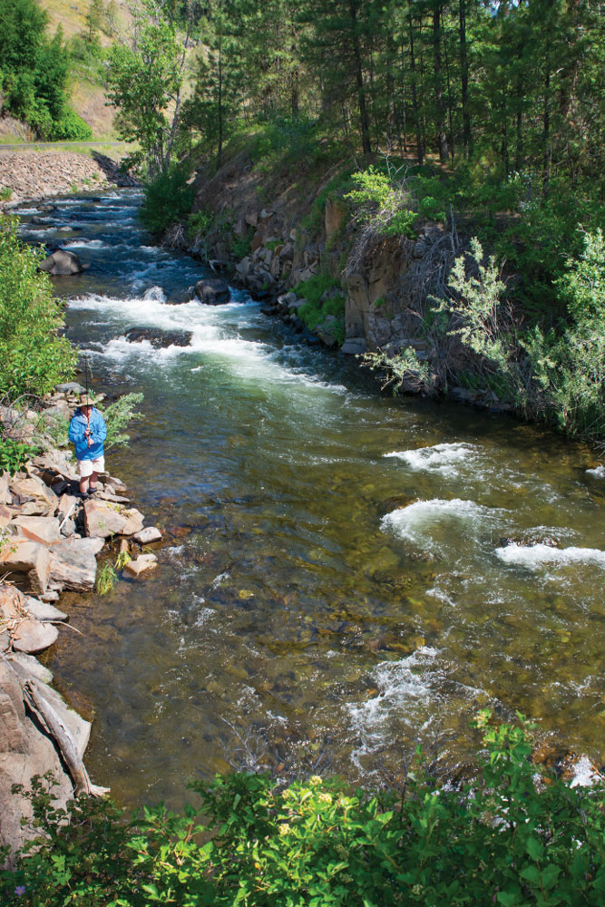 Expect a fresh catch for dinner when fishing the lakes, streams and rivers that ripple and flow along the Wallowa Mountain Loop.