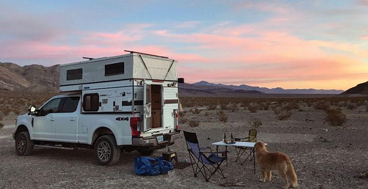 Four-Wheel Pop-Up Hawk truck camper