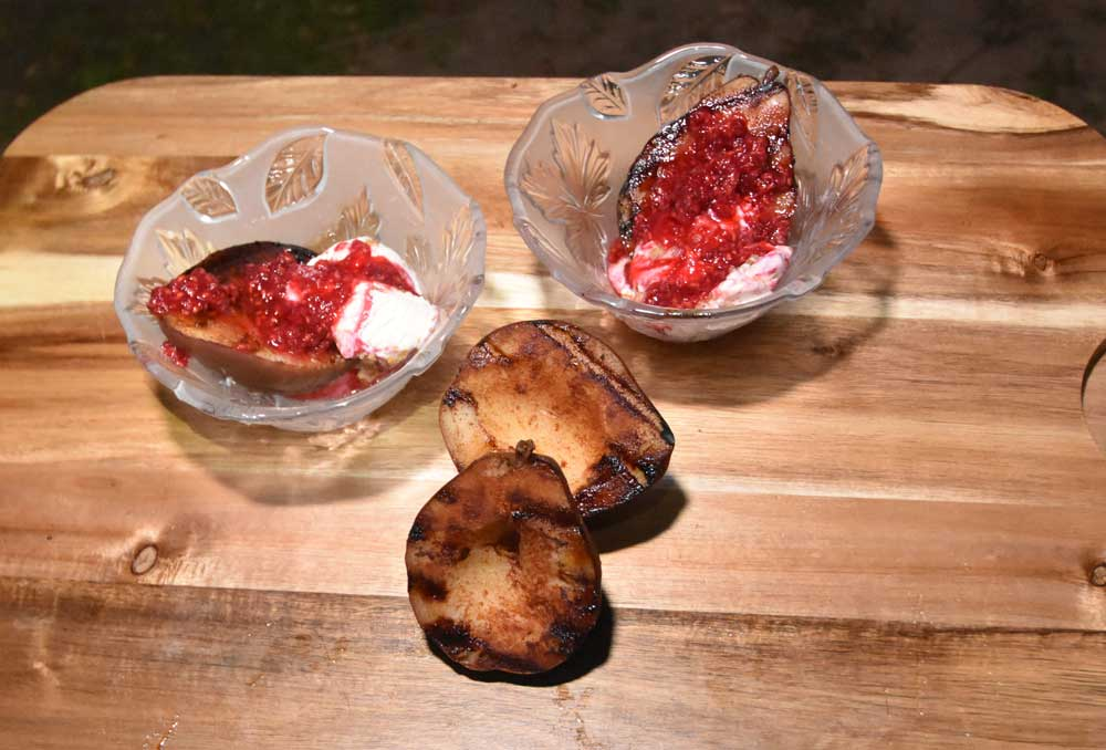 Photo of grilled pears and ice cream with rasberry sauce