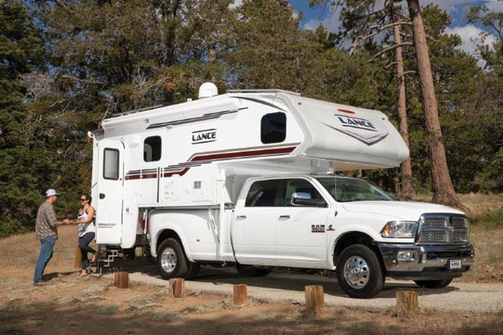 Lance 1172 slide-in truck camper