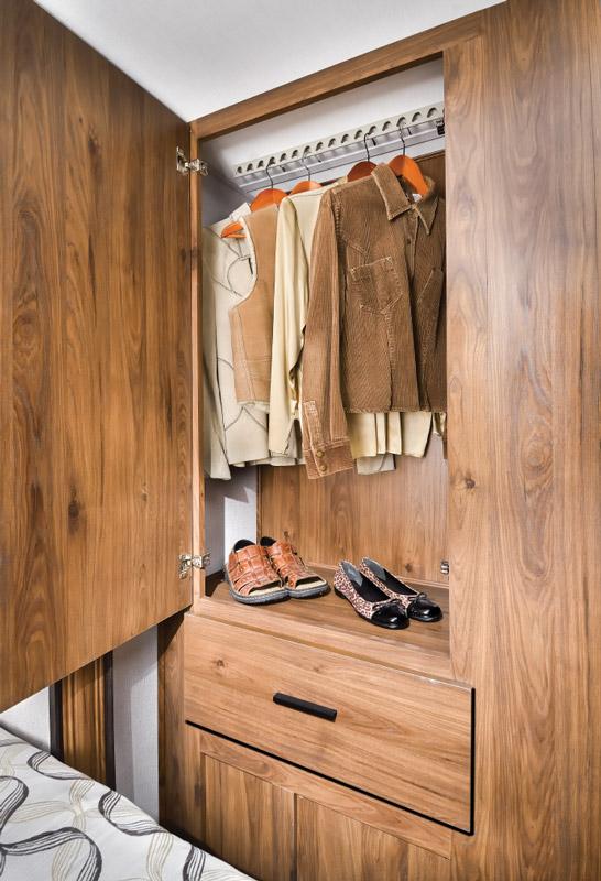Forester 2401Q cedar-lined wardrobe