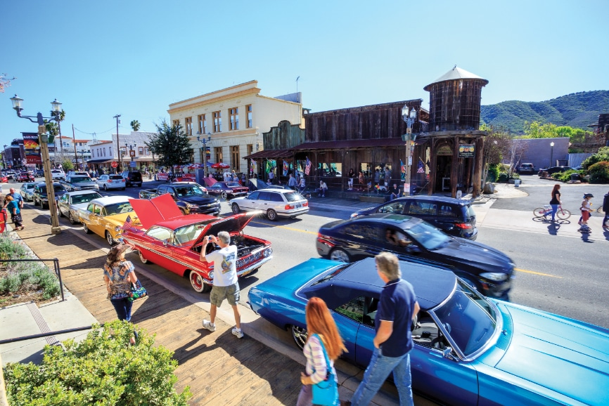 Old Town hosts a full calendar of special events including the Temecula Rod Run, Hot Summer Nights' live band performances and Santa's holiday arrival.