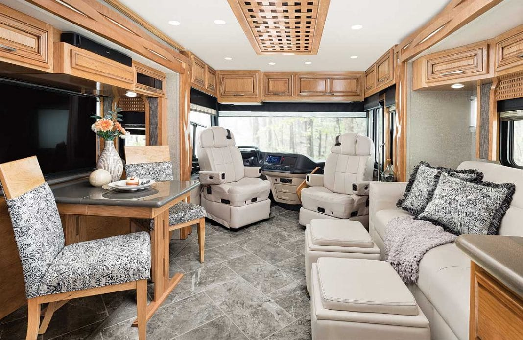 2019 Newmar New Aire 3345 Interior