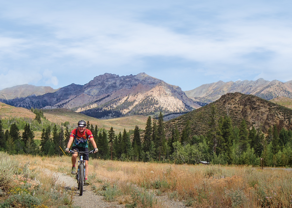 Whether hiking, biking or kicking back at a campfire in the evening, everyone can enjoy the great outdoors in Sun Valley and the surrounding Sawtooth Mountains.