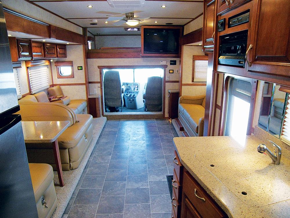 ShowHauler Motorhome Conversions interior