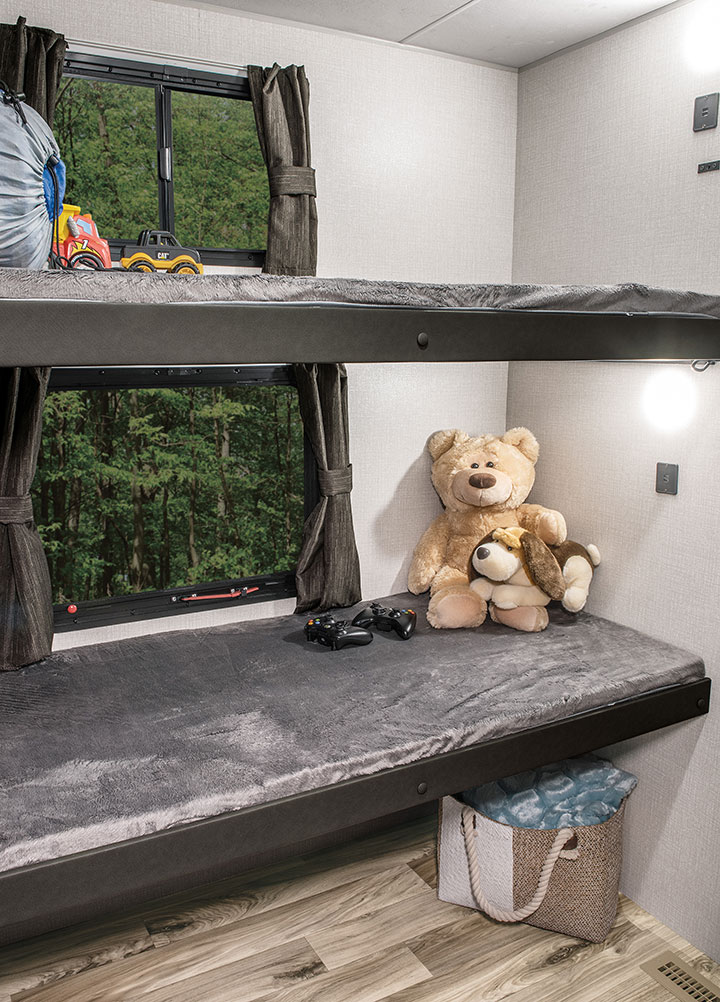 Venture RV SportTrek ST342VMB bunk room with teddy bears on bunks