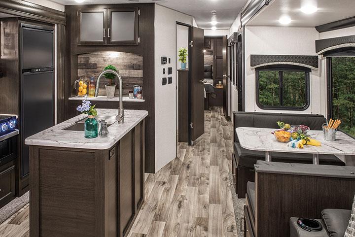 Venture RV SportTrek ST342VMB kitchen island and dinette