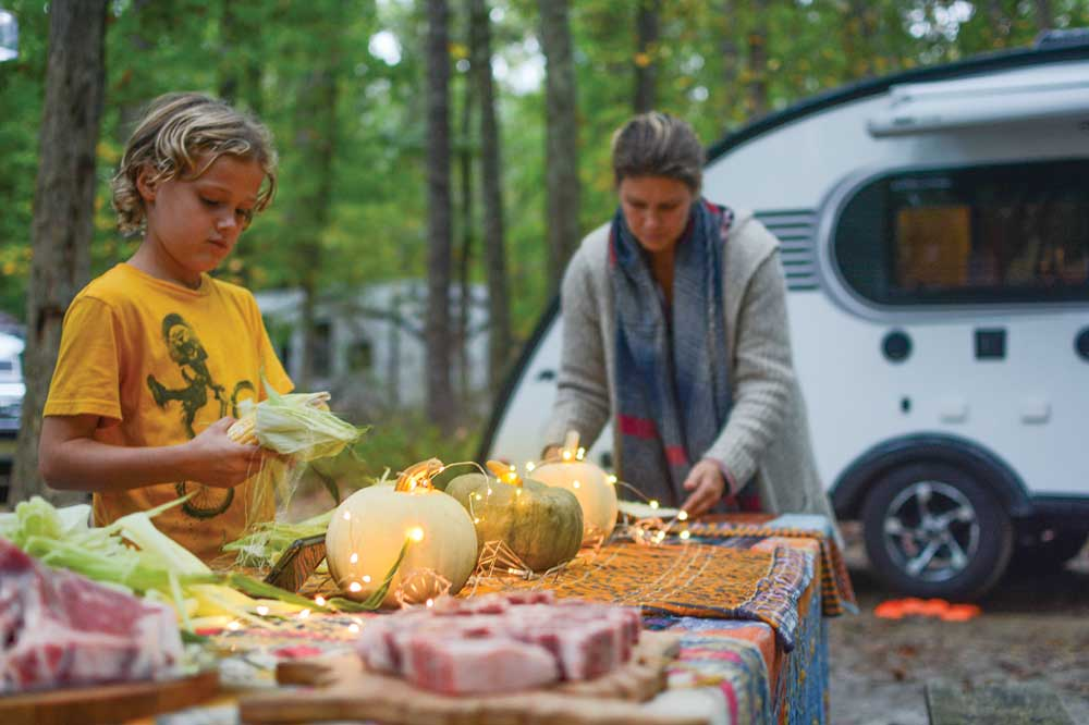 Campgrounds at public parks often have spacious and secluded sites, perfect for outdoor meals.