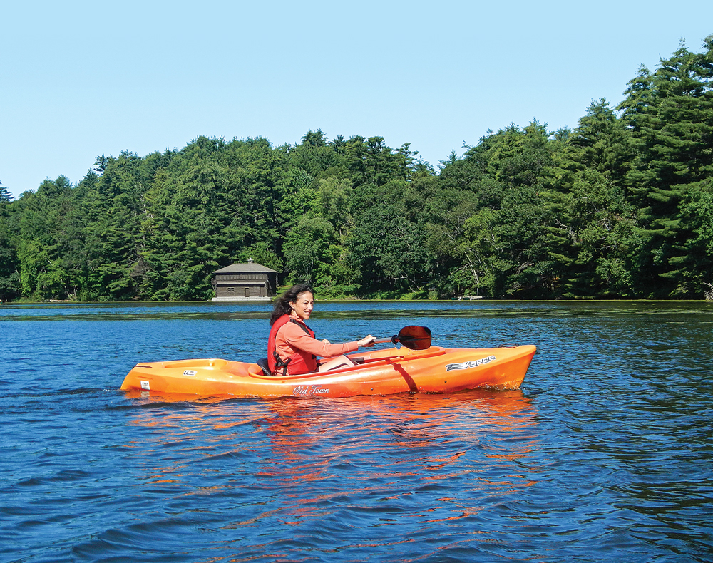 Kayaking on Mirror Lake is the ideal way to enjoy the water and wildlife.