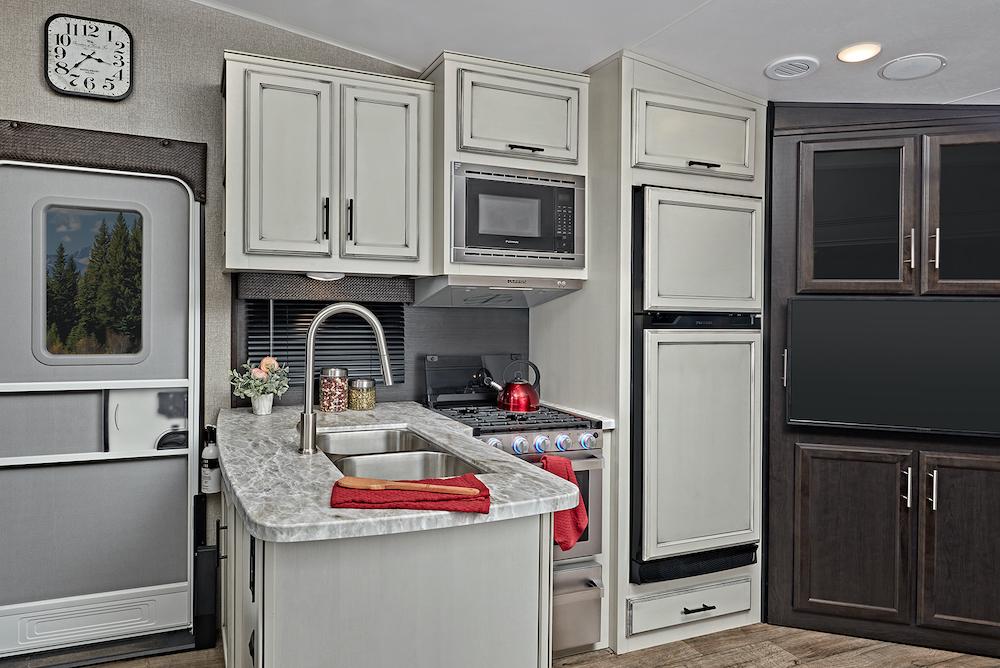 Jayco 2021 Eagle HT FW 24RE interior kitchen