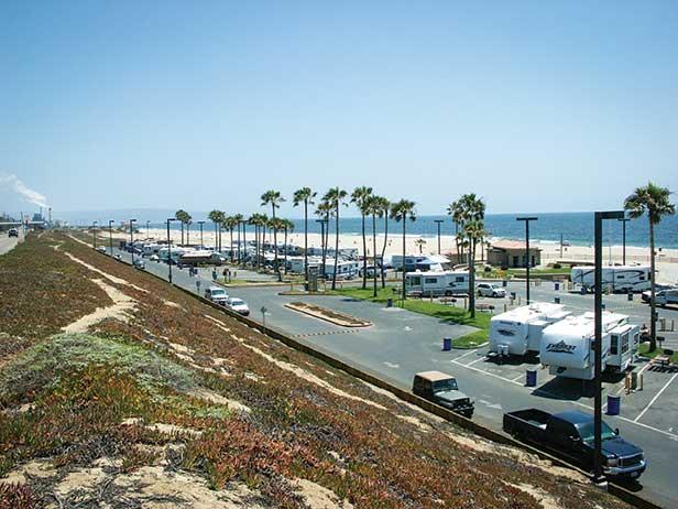 Dockweiler Beach RV Pari in Southern California