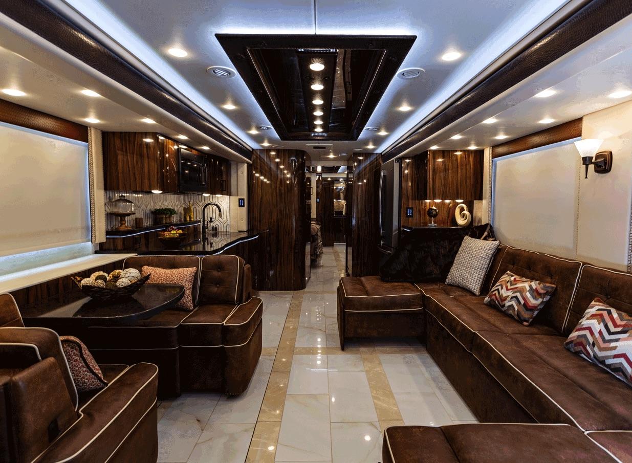 2021 Foretravel realm presidential LVB interior