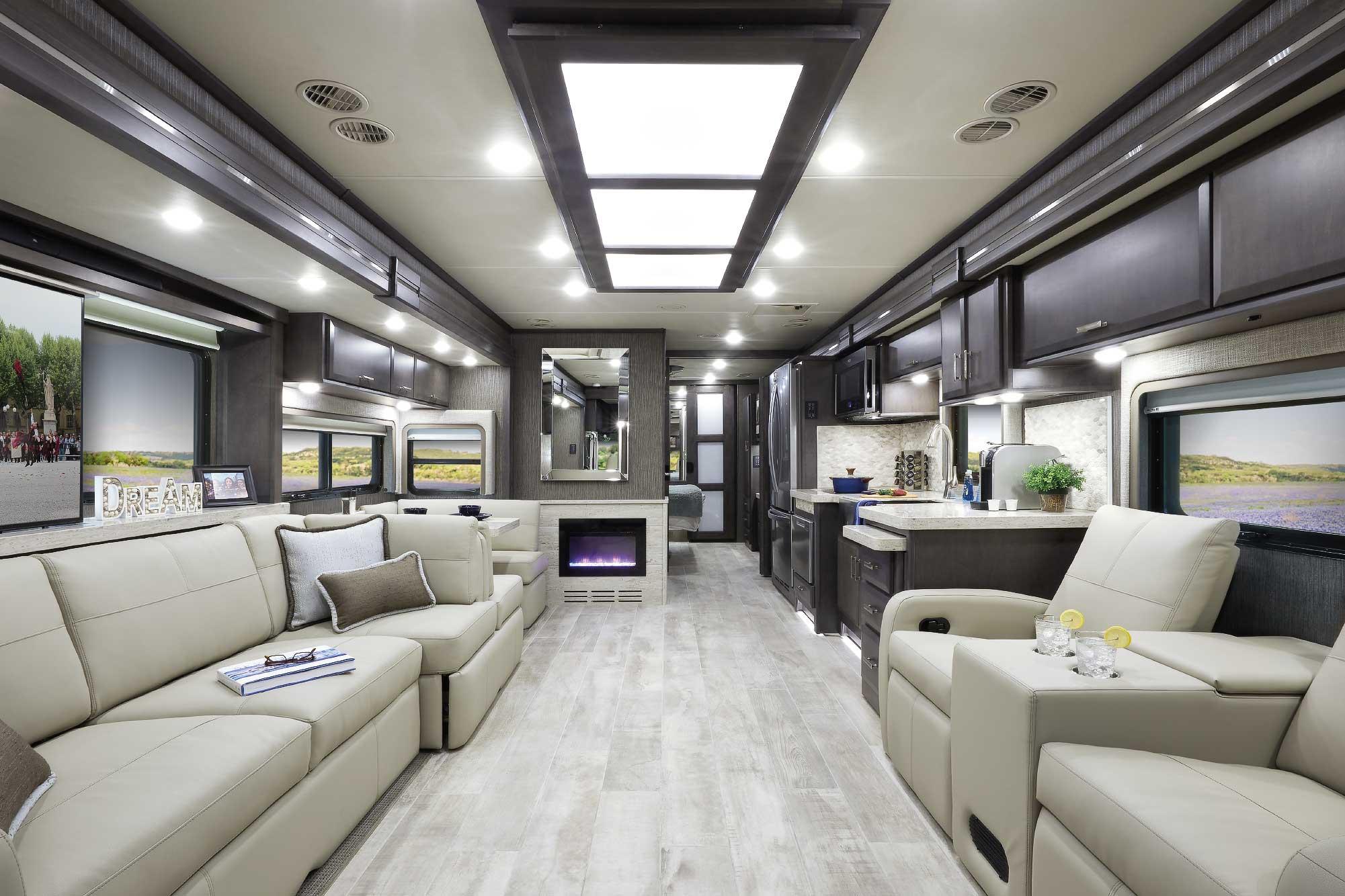 2021 Thor tuscany interior