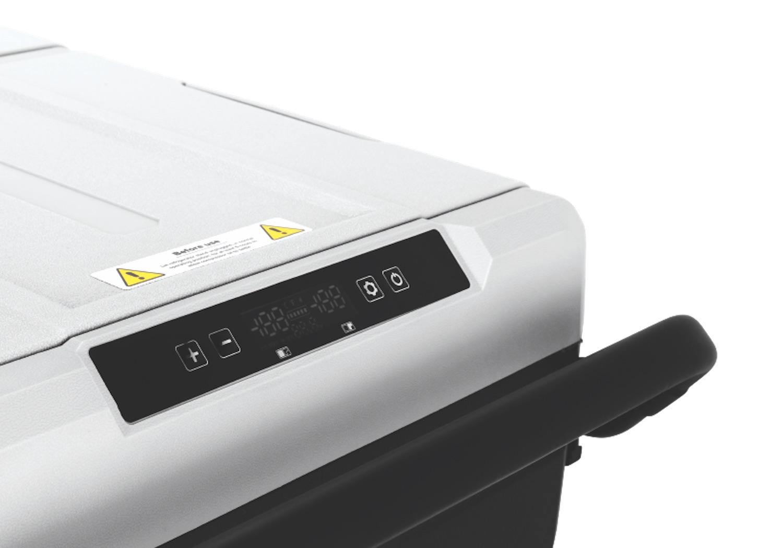 Camco CAM 750 Portable Refrigerator
