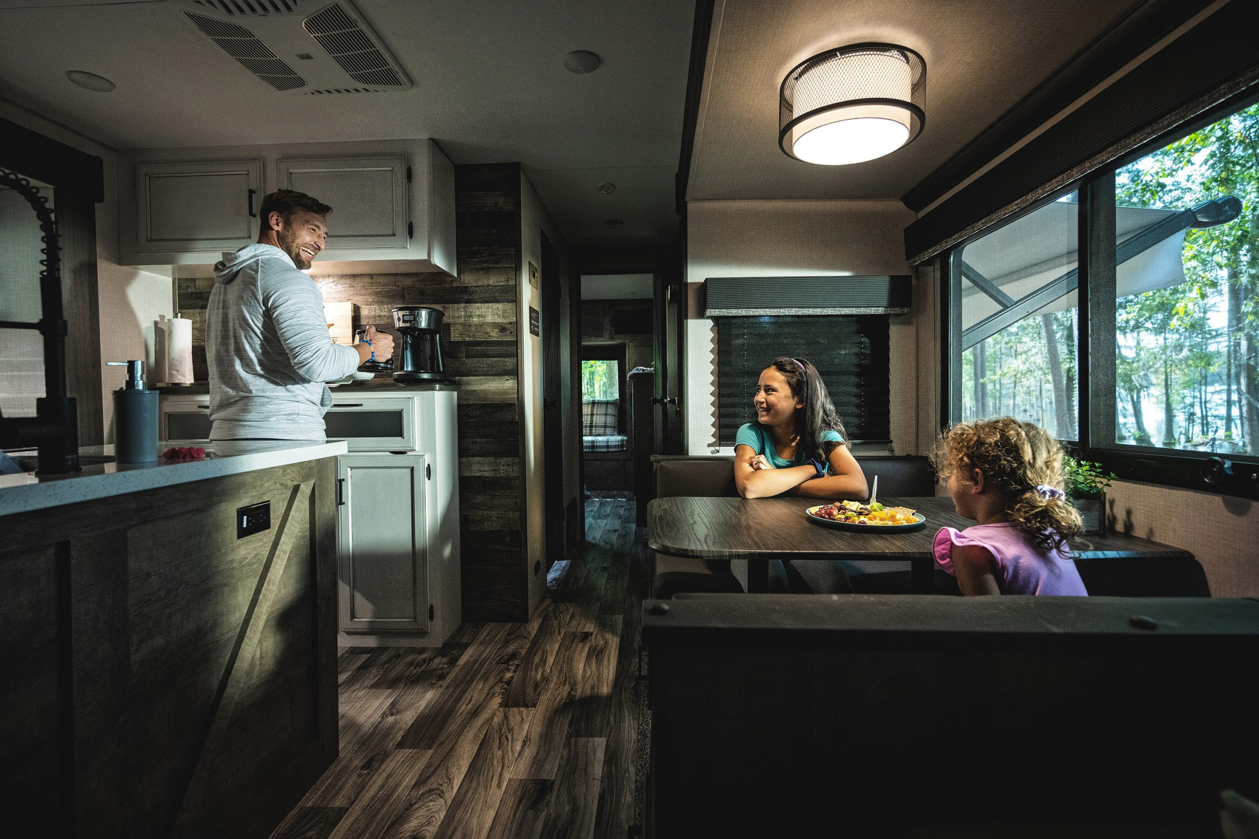 2021-Venture-RV-SportTrek-Touring-Edition-STT343VIB-Travel-Trailer-Interior-