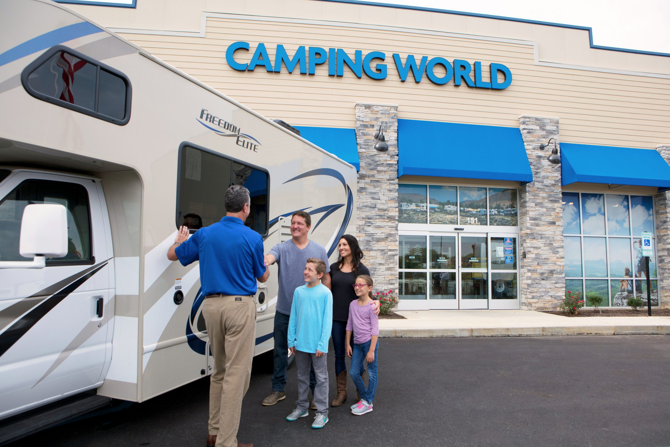 Camping World Dealership Location