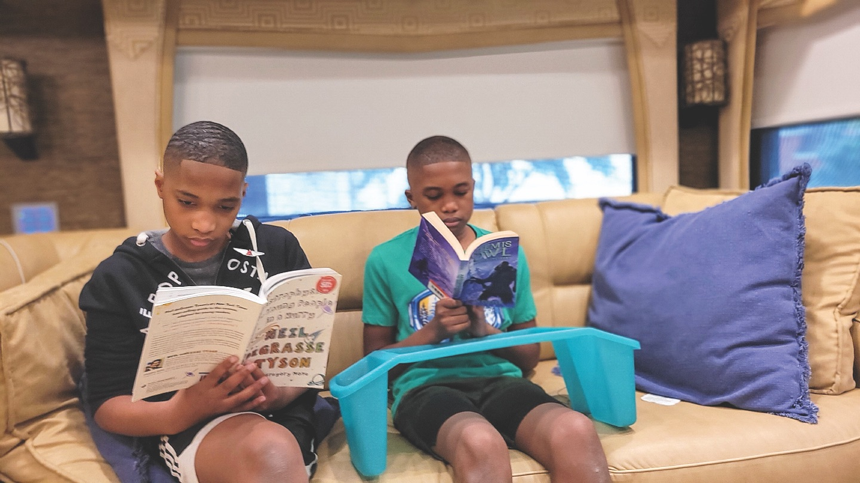 Reading Books Family Fun Roadtrip