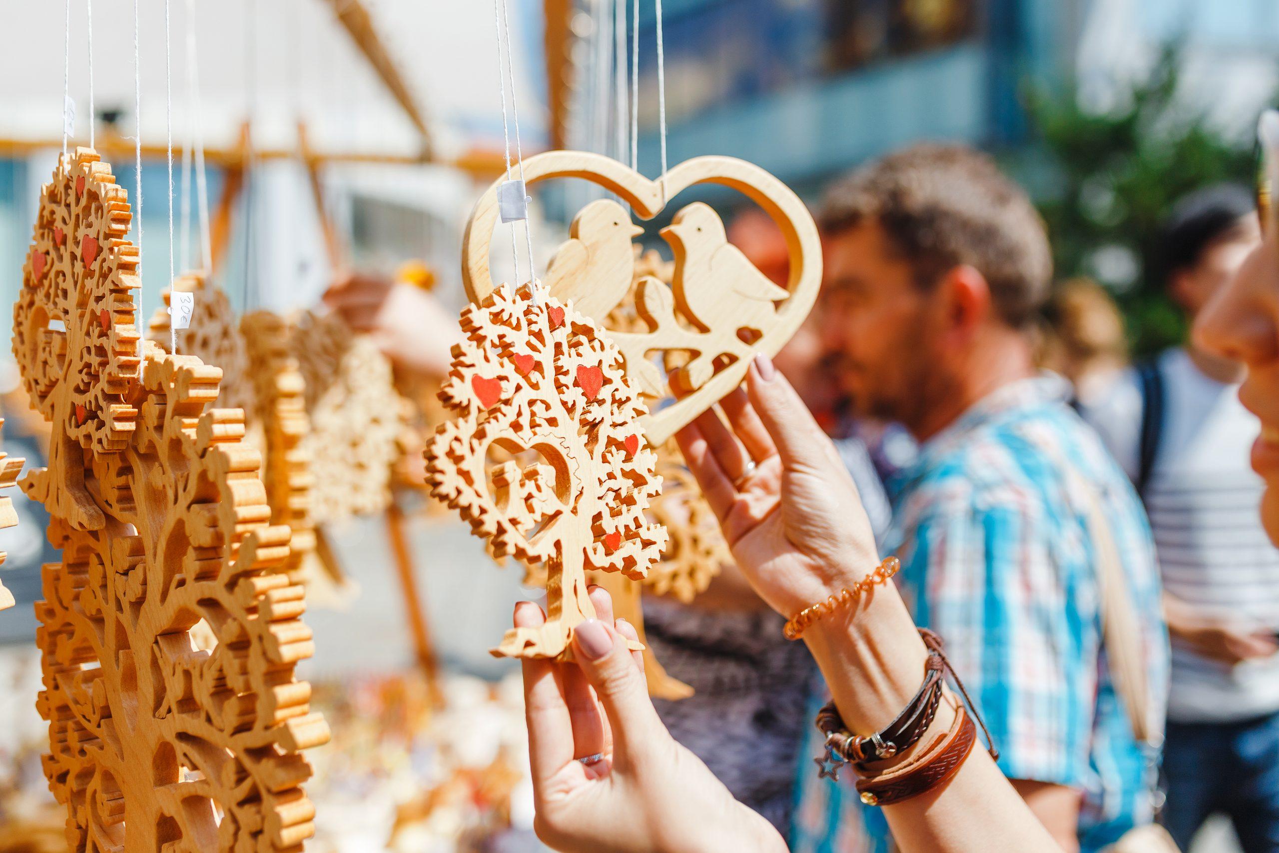 Art Festival Shopping