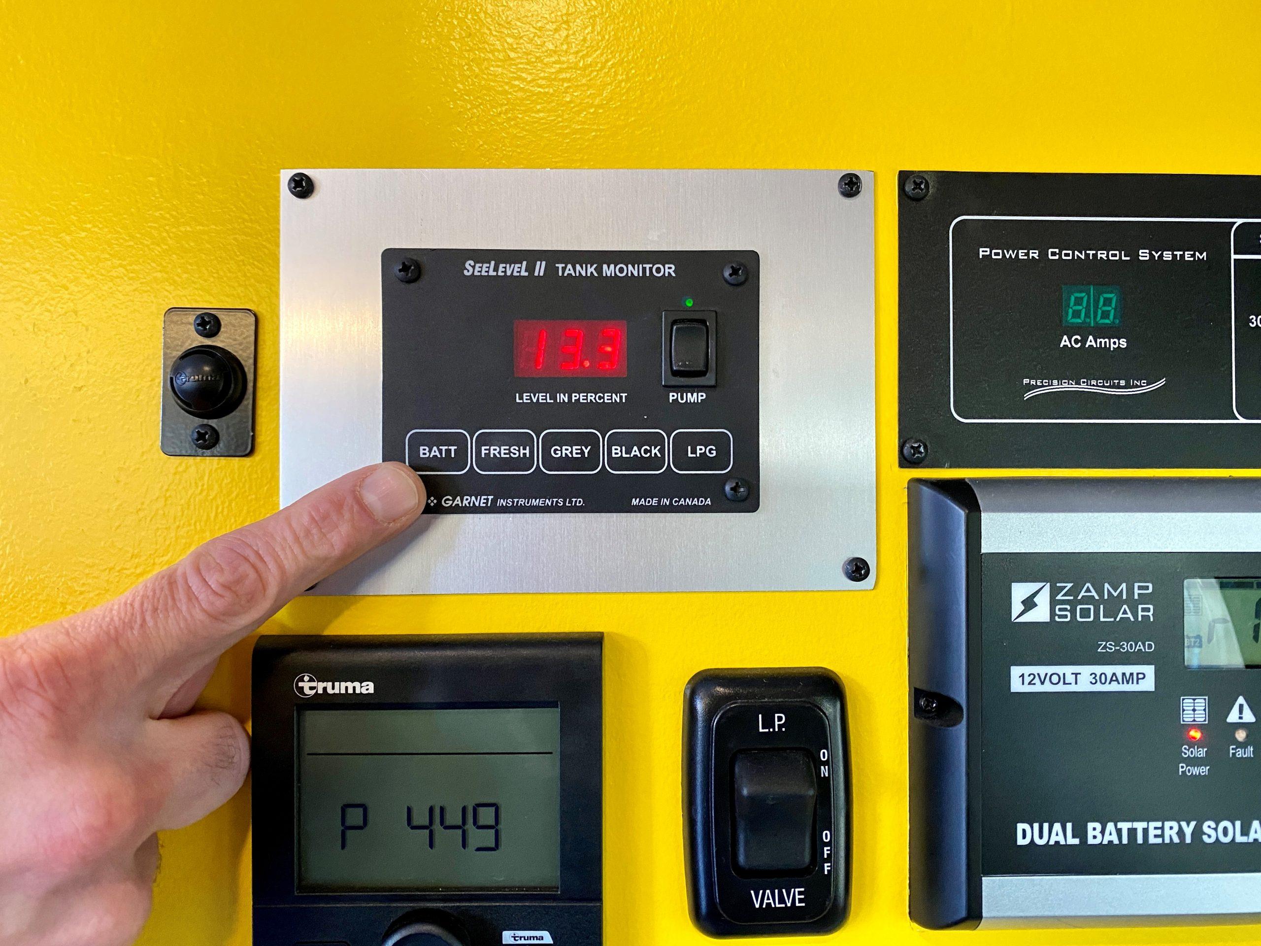 Digital Battery Monitor Scale