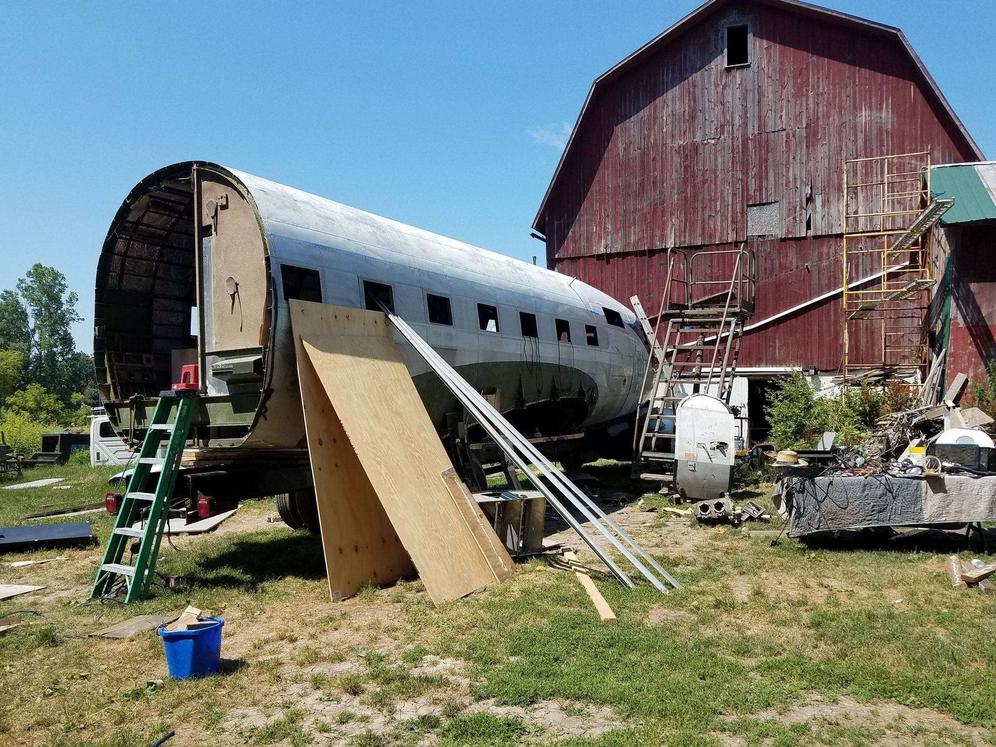 Man Converts Plane into RV - Backyard