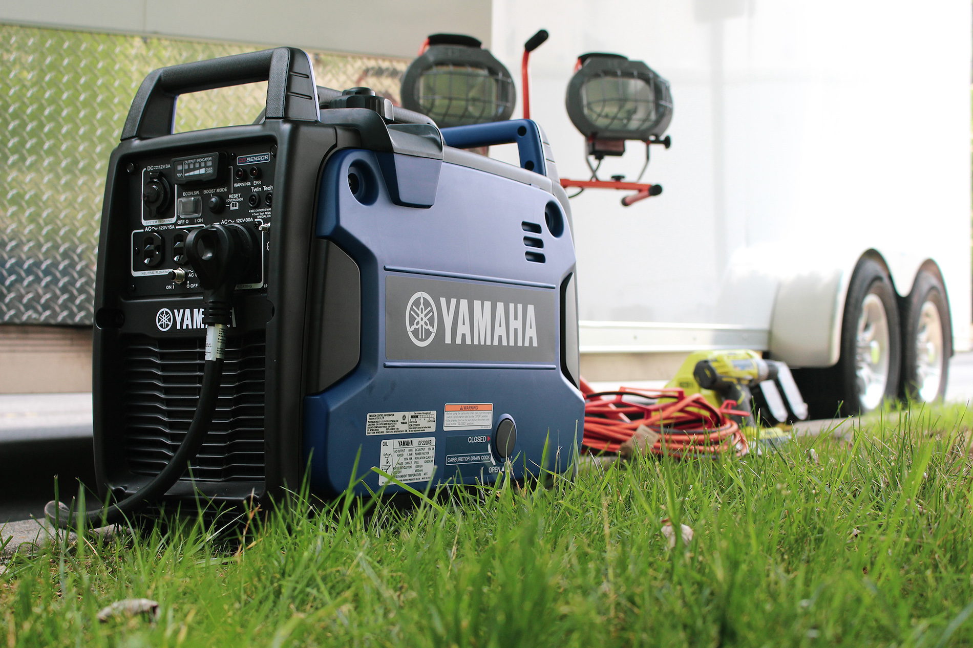 Yamaha EF2200iS portable generator